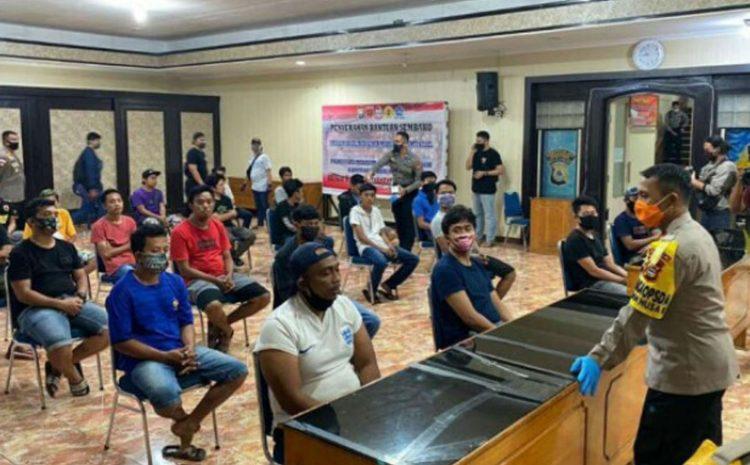 33 Orang Pelaku Pengambil Paksa Jenazah Pasien Corona di Makassar Ditangkap Polisi
